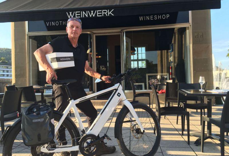 Vinothek, WineShop, Fahrrad, Weineinkauf